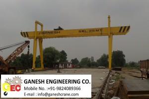 Double Grinder Gantry Crane